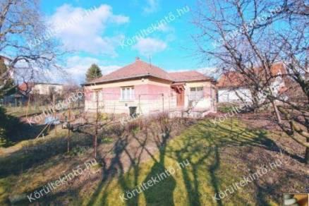 Családi ház eladó Pomáz, 115 négyzetméteres