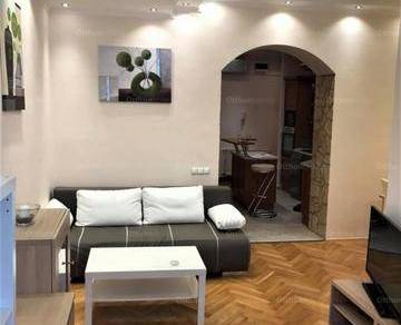 Pécsi kiadó lakás, 2 szobás, 50 négyzetméteres