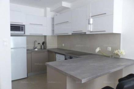 Pécsi új építésű lakás kiadó, 32 négyzetméteres, 1 szobás