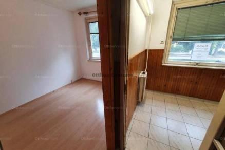 Eladó lakás, Esztergom, 3 szobás