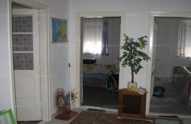 Eladó családi ház, Polgár, 4 szobás