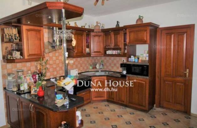 Bajna családi ház eladó, 3 szobás