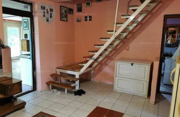 Csörög 6 szobás családi ház eladó