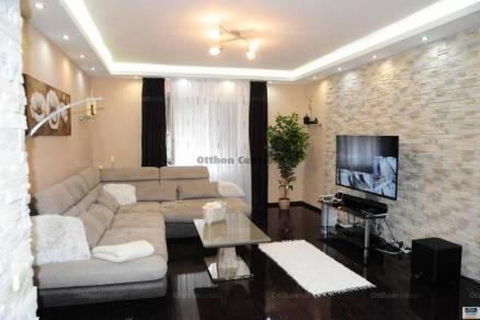 Debreceni családi ház eladó, 112 négyzetméteres, 3 szobás