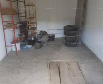 Miskolc garázs eladó a Blaskovics László utcában