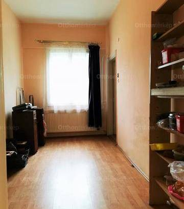 Váci eladó házrész, 3 szobás, 78 négyzetméteres