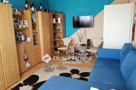 Pécs 1+1 szobás lakás eladó