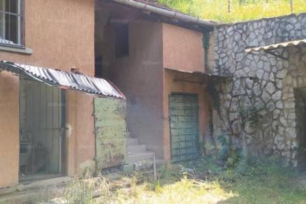 Eladó 2 szobás nyaraló Eger