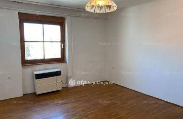 Eladó 2 szobás lakás Kiskőrös