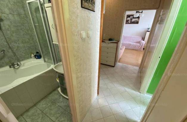 Eladó lakás Nagykanizsa, Kodály Zoltán utca, 2 szobás