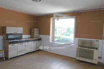 Családi ház eladó Jászfényszaru, 49 négyzetméteres