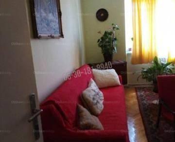 Dunaújvárosi lakás eladó az Építők útján, 50 négyzetméteres