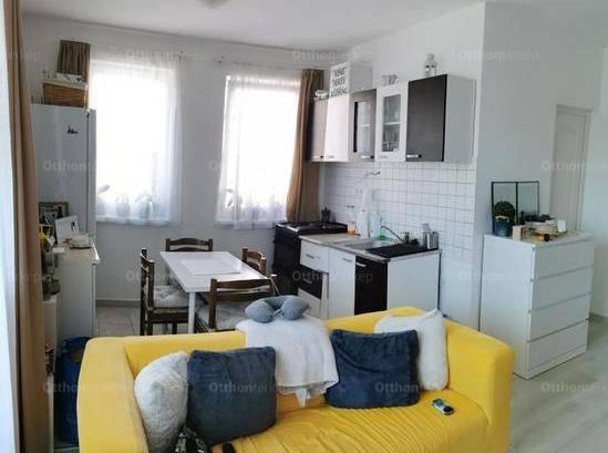 Eladó 1+1 szobás lakás Vác a Nagysándor József utcában