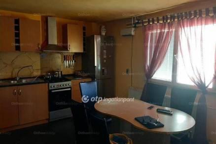 Békéscsaba családi ház eladó, 4+1 szobás