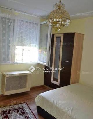 Eladó lakás Hatvan, 1+1 szobás