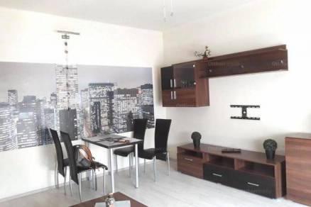 Debrecen lakás kiadó, Egyetem sugárút, 1+1 szobás, új építésű