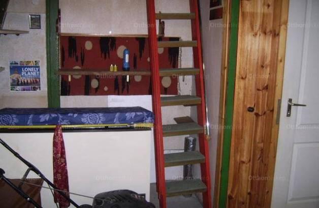 Eladó 2 szobás ház Bisse