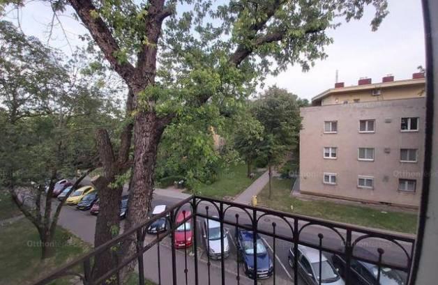 Dunaújváros eladó lakás a Babits Mihály utcában