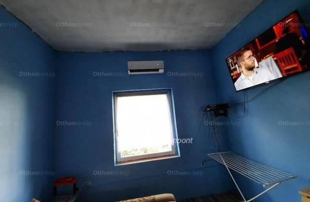 Eladó, Pápa, 1 szobás