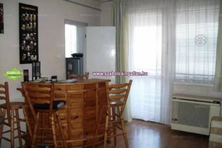 Nyíregyháza lakás eladó, 1 szobás