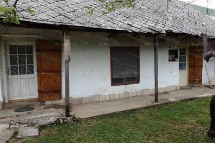 Kőröshegyi eladó családi ház, 2 szobás, 76 négyzetméteres