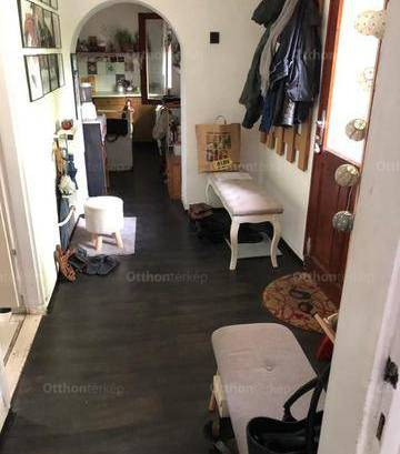 Debreceni eladó családi ház, 2 szobás, 70 négyzetméteres