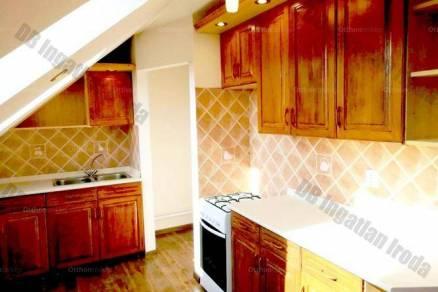 Debrecen 2 szobás házrész eladó