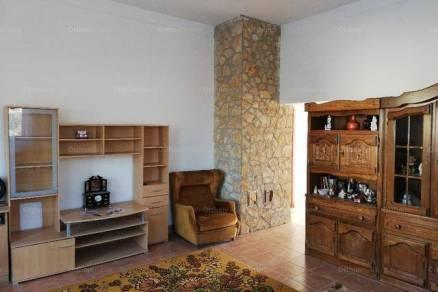 Kistarcsai eladó családi ház, 5+2 szobás