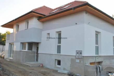 Eladó új építésű ikerház Rákoskerten, XVII. kerület Postamester utca, 5 szobás