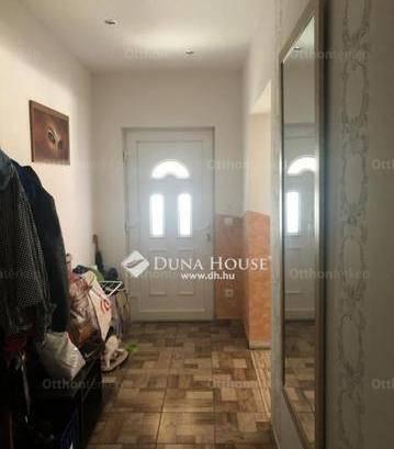 Eladó 2+3 szobás Albertirsa az Irinyi utcában