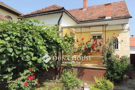 Eladó családi ház Zalaegerszeg, 2 szobás