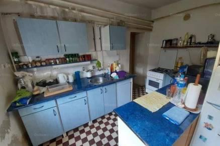 Eladó 3+1 szobás családi ház Bisse