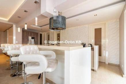 Budapesti lakás eladó, Rómaifürdőn, Nánási út, 5 szobás