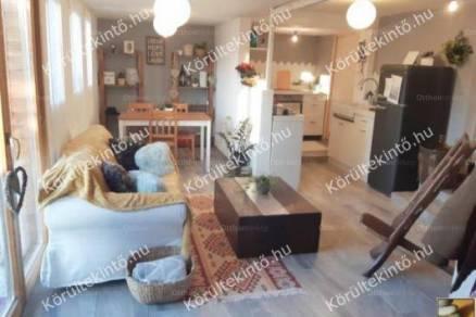 Dunakeszi eladó ház, 3 szobás, 67 négyzetméteres