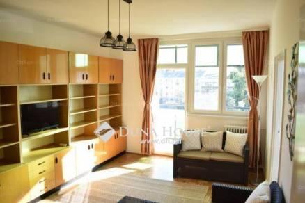 Kiadó lakás Debrecen, Petőfi tér, 1+2 szobás