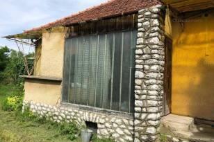 Mezőkeresztesi eladó családi ház, 3 szobás, 100 négyzetméteres