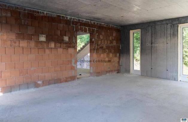 Eladó új építésű családi ház Máriaremetén, 5 szobás