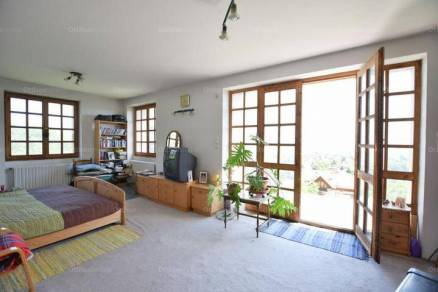 Budapesti családi ház eladó, Magasút, 7 szobás