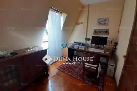 Eladó családi ház Csömör, 7+1 szobás