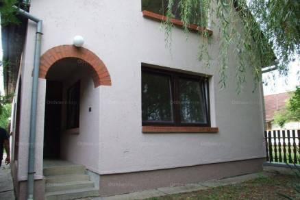 Békéscsabai eladó családi ház, 3 szobás, a Veszei utcában