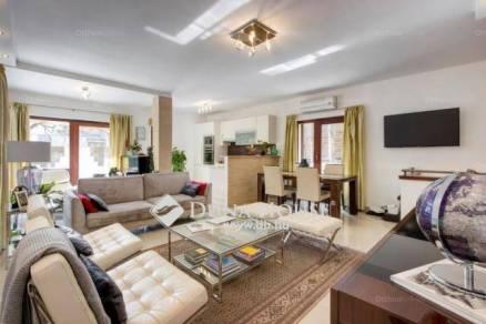 Budapesti lakás eladó, Törökvész, 4+2 szobás