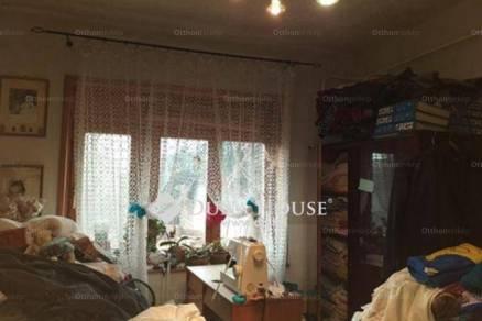 Eladó ikerház Baja a Nádasdy utcában, 2+2 szobás