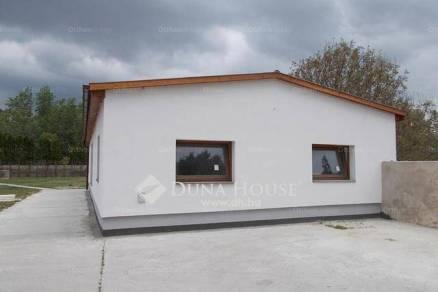 Dunaalmás 3+1 szobás lakás eladó