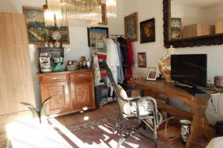 Eladó lakás Tapolca, 1 szobás