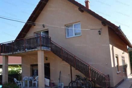 Zamárdi 7 szobás családi ház eladó