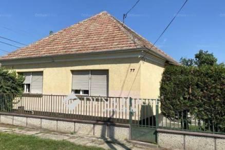Eladó családi ház Mosonszentmiklós, 3 szobás
