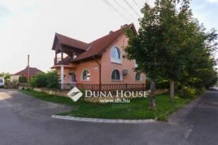 Pécs ikerház eladó, Gárdonyi Géza utca, 6 szobás