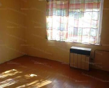 Szolnoki családi ház eladó, 57 négyzetméteres, 2 szobás