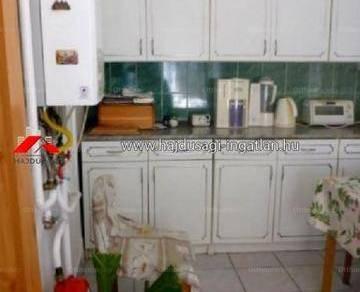 Eladó 2 szobás családi ház Debrecen