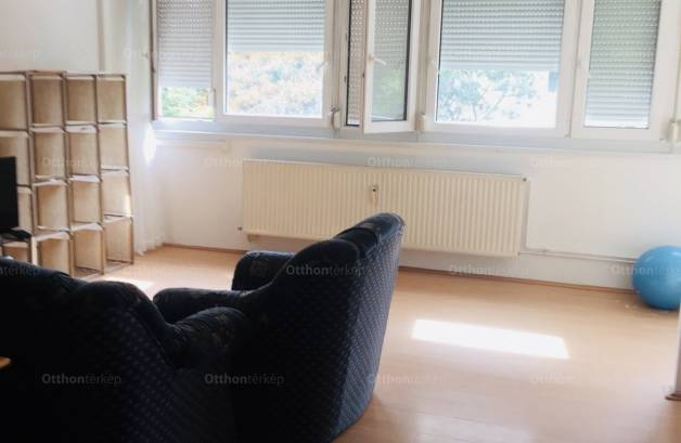Eladó lakás, Újpest, Budapest, 1+1 szobás